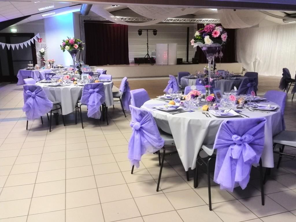 Salle du mariage avant la grande fête décoré magnifiquement